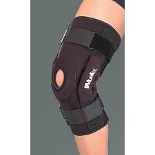 Mueller B5333 Hinged Knee Brace Deluxe