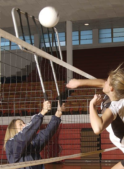 Tandem Bungee Blocker Volleyball Training Aid A25 799